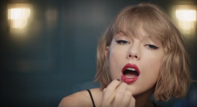 taylor-swift-red-lipstick-social.jpg.jpg