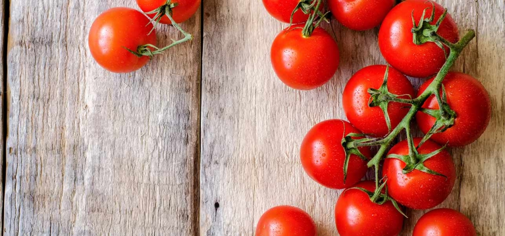 18-Amazing-Benefits-Of-Tomatoes-For-Skin-Hair-And-Health.jpg