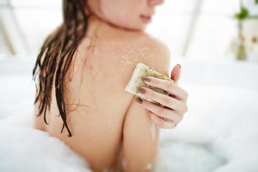 02-soap-shutterstock_277847318-Pressmaster-1024x683.jpg