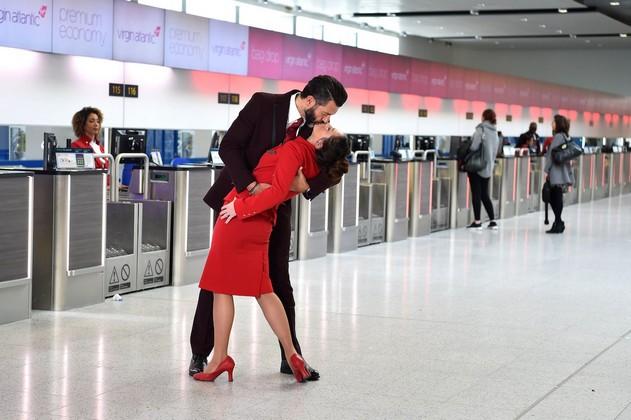 Virgin-Atlantic-kiss.jpg