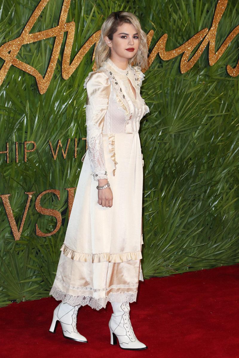 british-fashion-awards-2017-red-carpet-pics-20.jpg