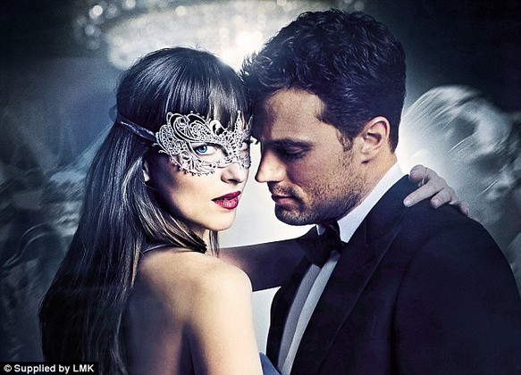 3D0B5B2200000578-4229720-Number_two_According_to_The_Hollywood_Reporter_Fifty_Shades_Dark-a-2_1487233590946.jpg