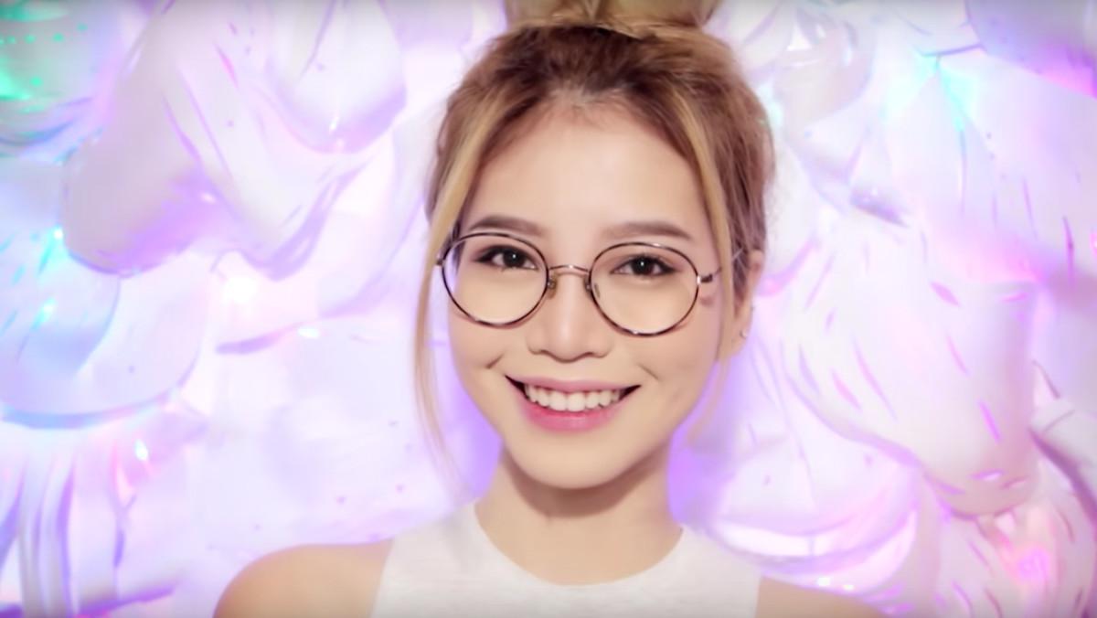 makeup-glasses-promojpg.jpg
