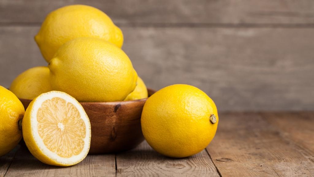 lemons-today-160201-tease_14449a20e69d323cf969cdeefa6aeea1.jpg