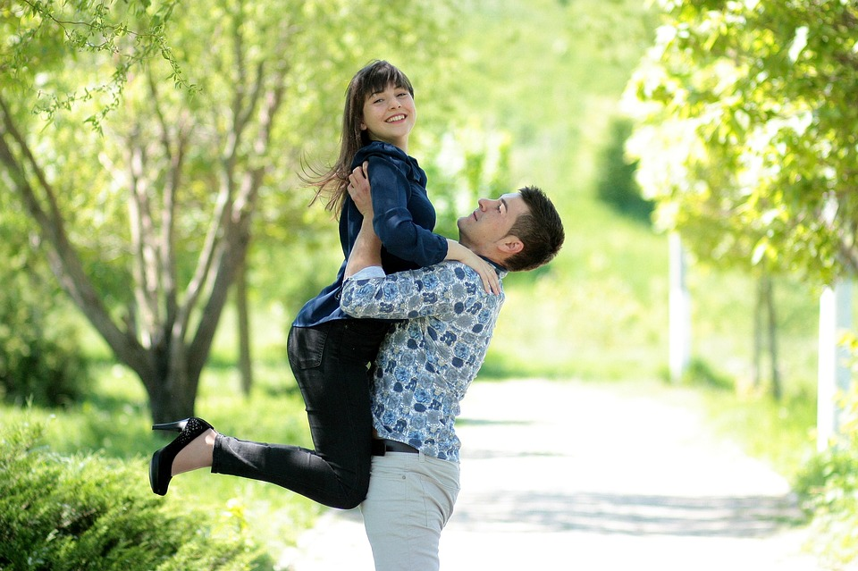 couple-1363968_960_720.jpg