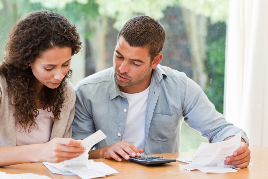 workable_solutions_for_couples_when_fighting_about_money.jpg