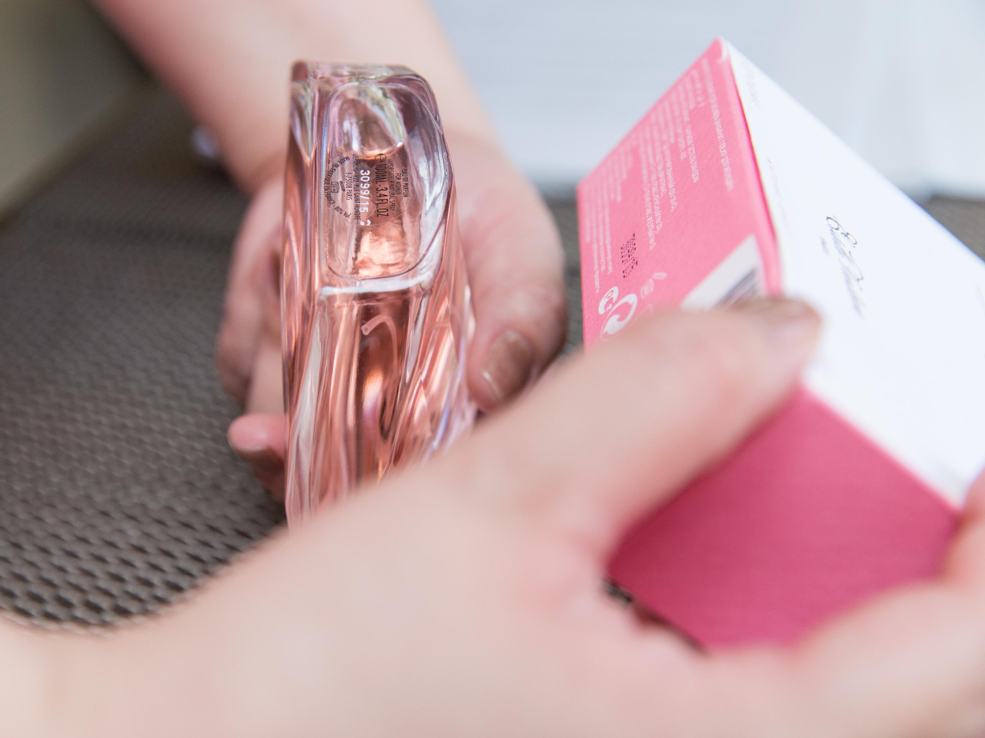 Apply-Perfume-Step-24.jpg