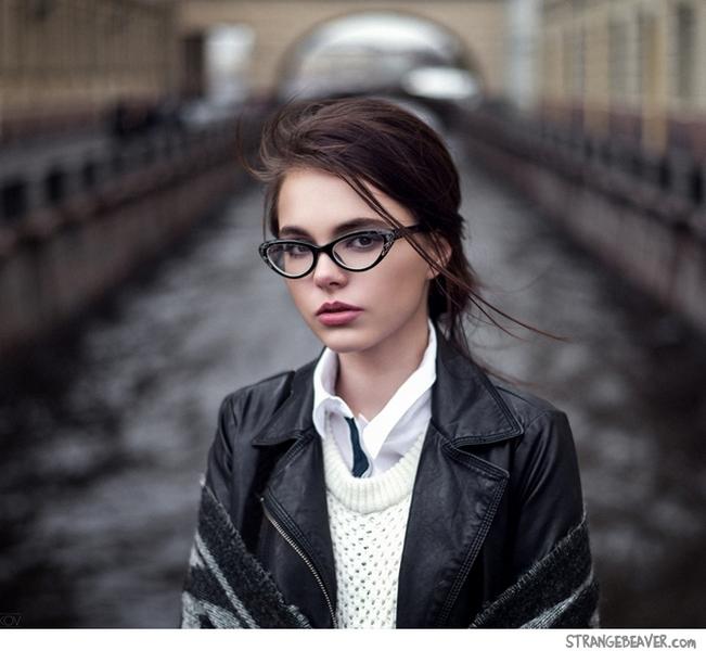 girl-in-glasses-2.jpg