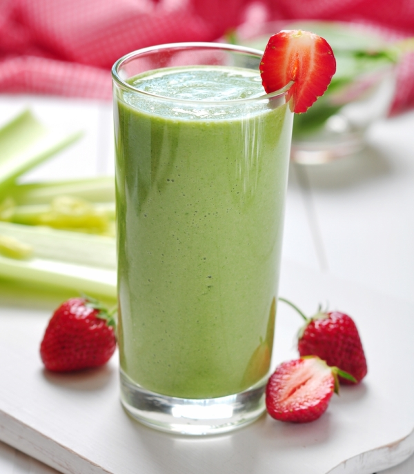 Kale-Strawberry-Smoothie.jpg