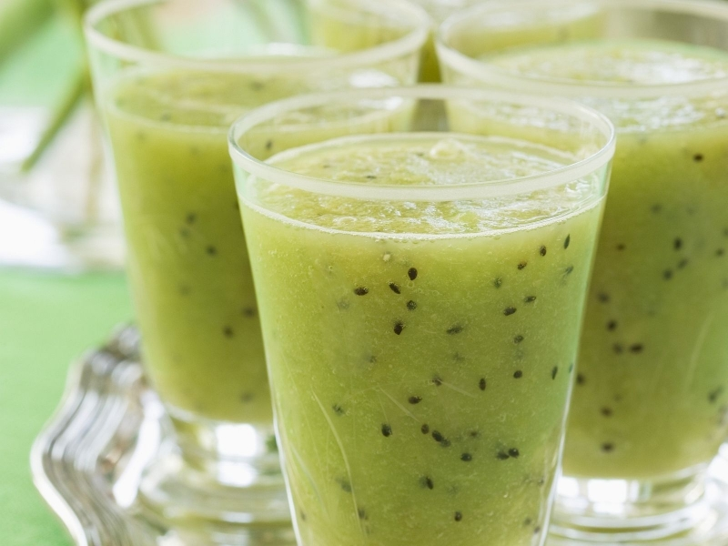 kiwi-and-melon-juice-494537.jpg