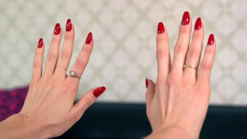 glamour_heres-how-to-get-the-hottest-nail-trend-of-2016.jpg