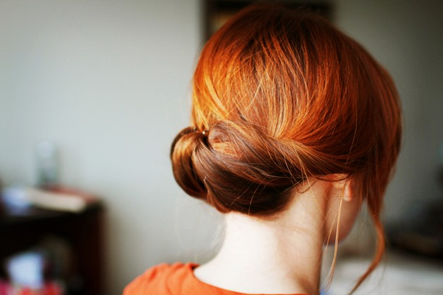 rolled-chignon-hairstyle-2016.jpg