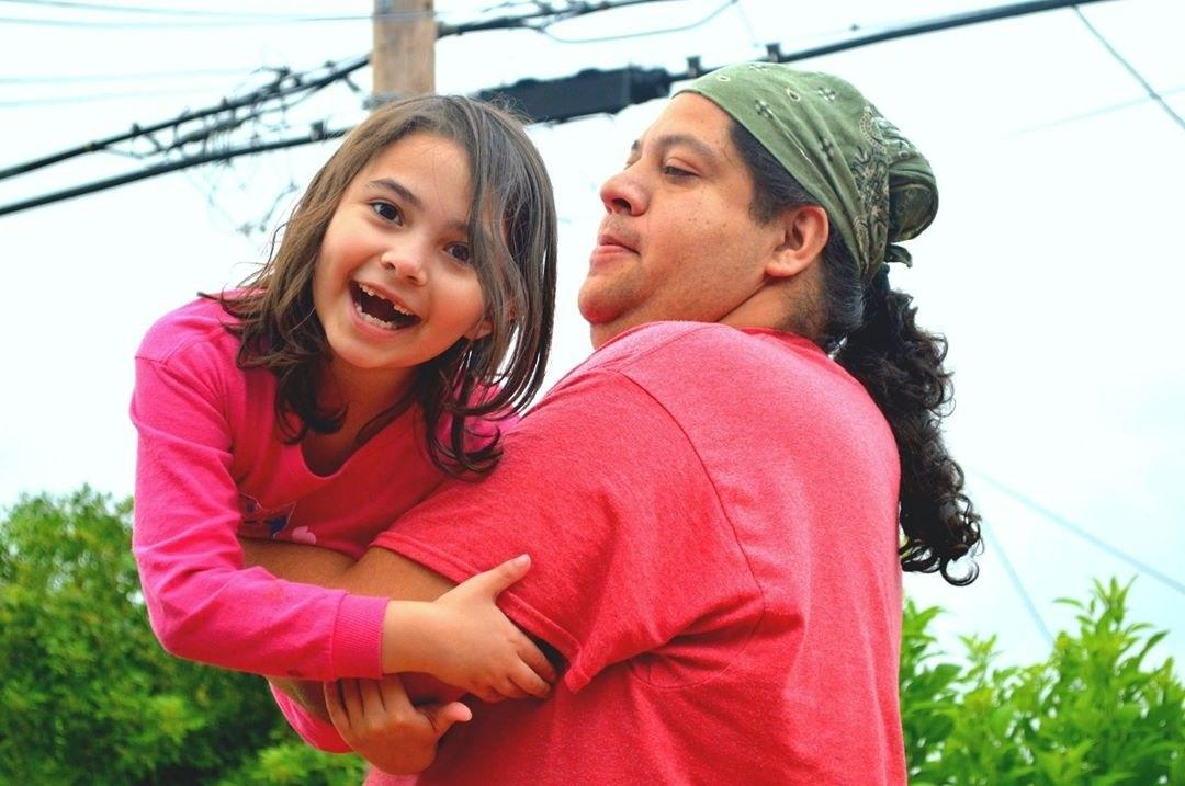 how-to-raise-confident-multiracial-children-bicultural-familia.jpg