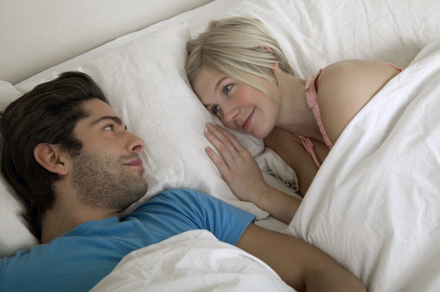 sex-love-life-2013-04-young-couple-in-bed-main.jpg
