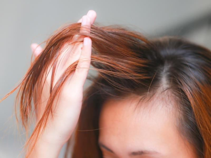 Apply-Castor-Oil-for-Hair-Step-15-Version-2.jpg