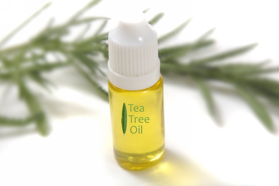 7-Toxic-Things-You-Can-Replace-With-Tea-Tree-Oil-1.jpg