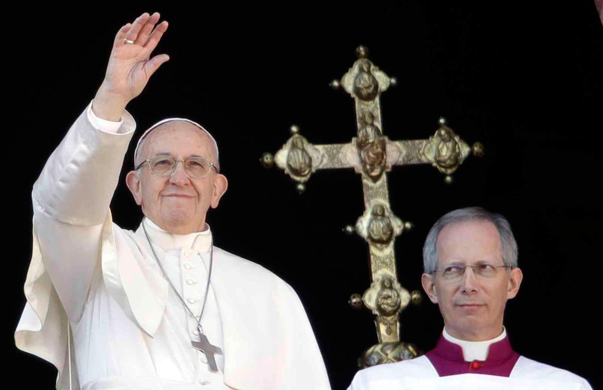 20171226_072520_Vatican-Pope-_Pisa.jpg