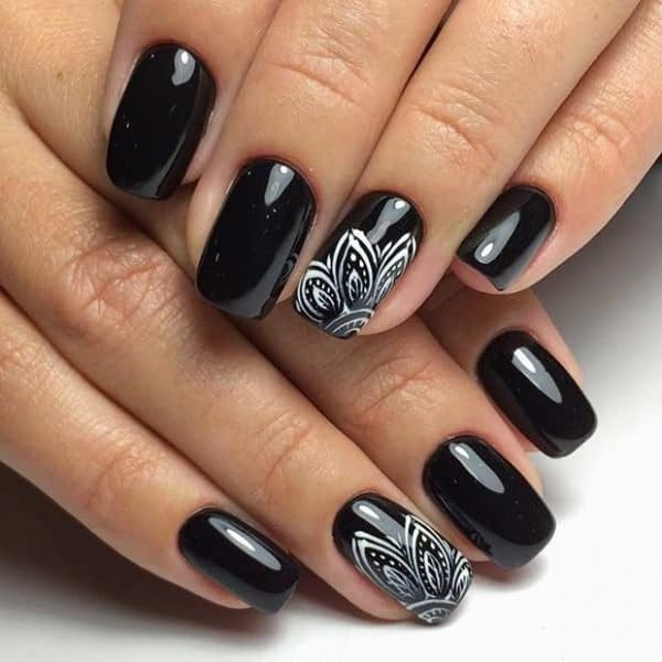 Nail-Art-7-600x600.jpg