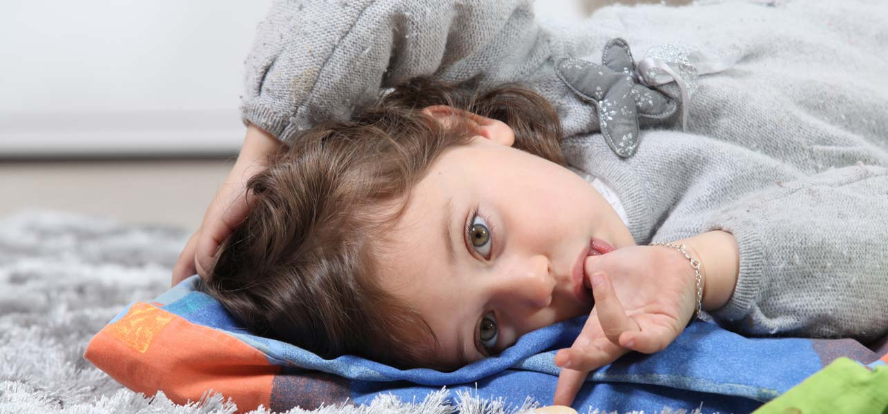 10-Wonderful-Remedies-To-Stop-Thumb-Sucking-Habits-In-Children1.jpg
