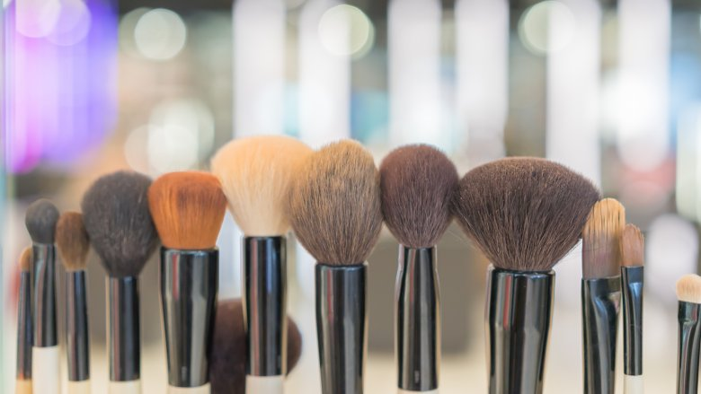 never-cleaning-your-makeup-brushes-1513198151.jpg