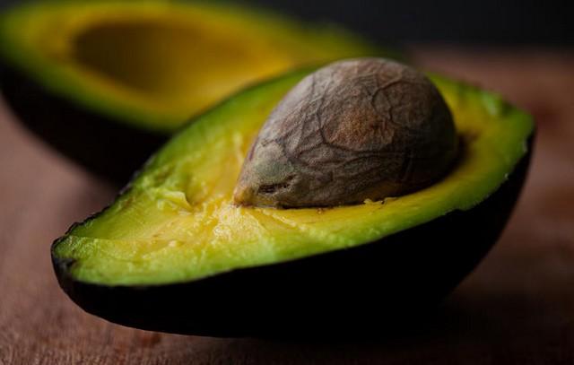 gettyimages-537000805-avocado-nandita.jpg