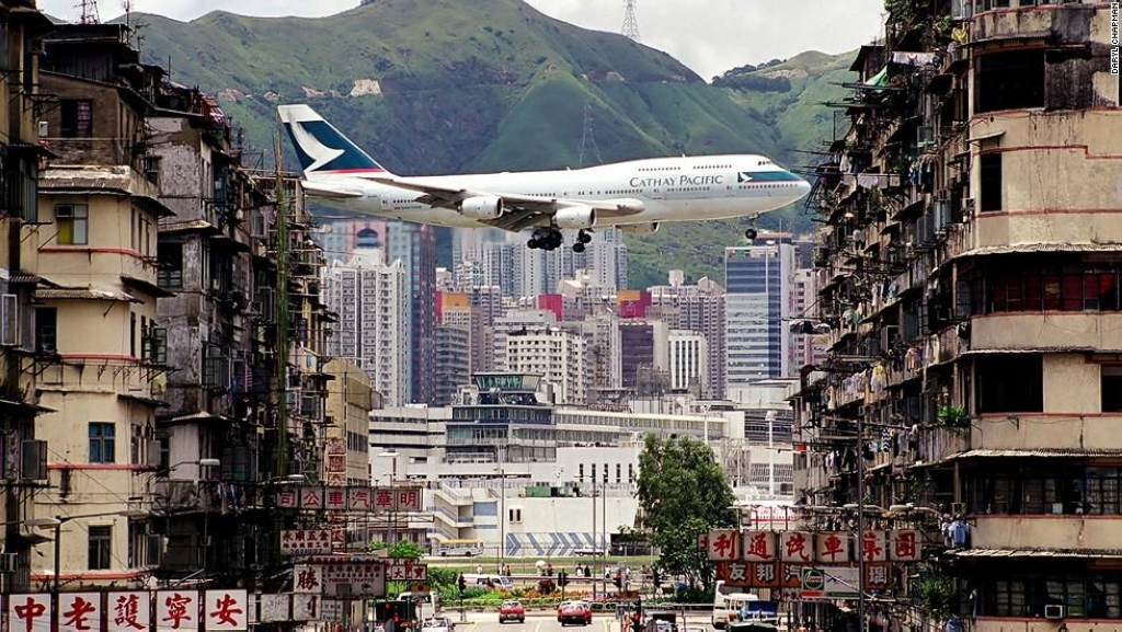 130611022119-hong-kong-kai-tak-cathay2-horizontal-large-gallery.jpg