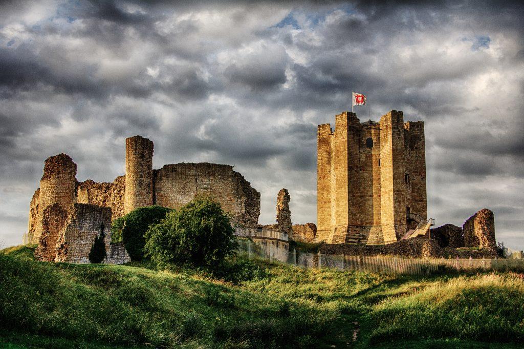 conisborough-castle-darren-flindersflickr-1024x681.jpg
