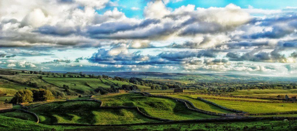yorkshire-dales-lee-robertsflickr-1024x452.jpg