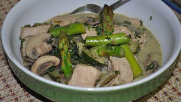 170306141533-green-curry.jpg