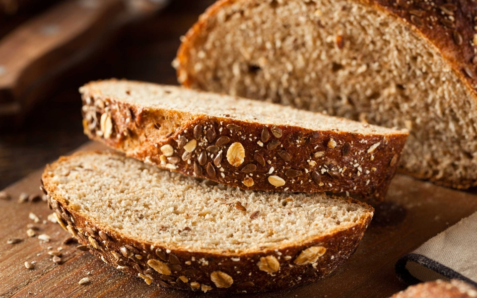1_eat_more_bread_bhofack2.jpg