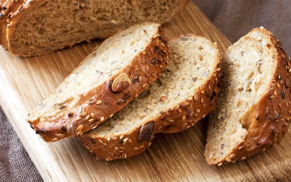 5_eat_more_bread_amberto4ka.jpg