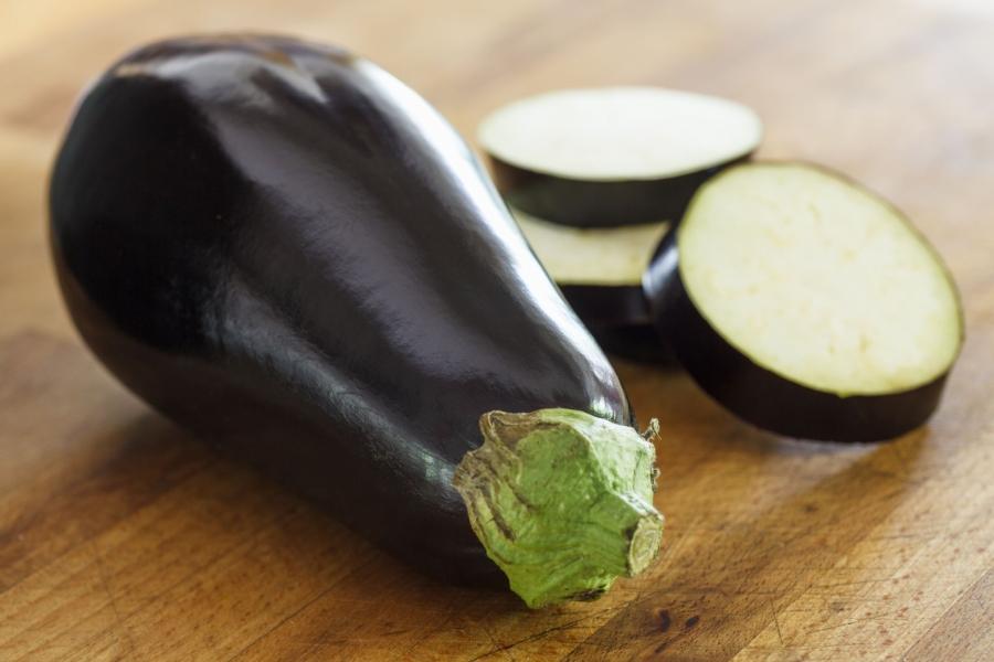 globe-eggplant-56a5b5353df78cf772897ba2.jpg
