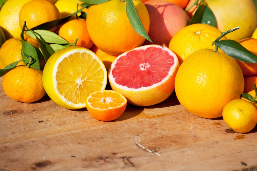 06_foods_make_cold_flu_worse_citrus_Fruits_doga-yusuf-dokdok.jpg