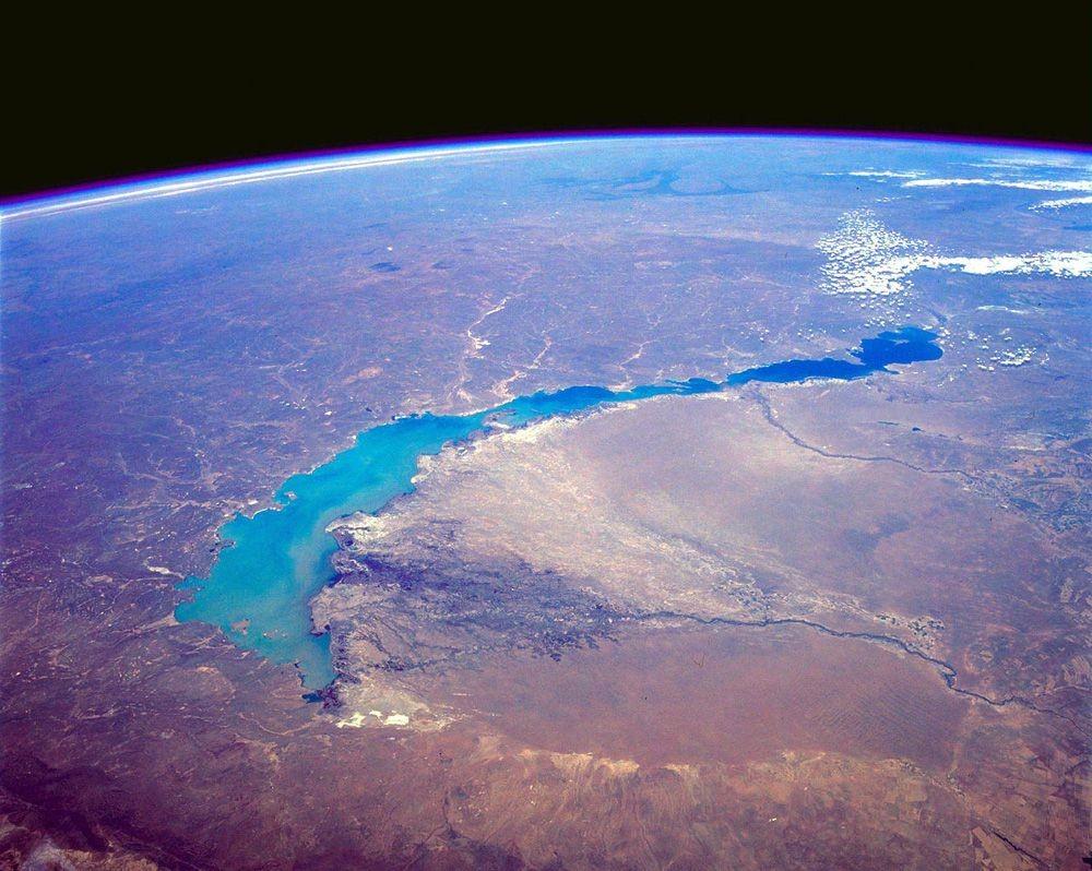Lake-Balkhash-kazakhstan-space.jpg.1000x0_q80_crop-smart.jpg