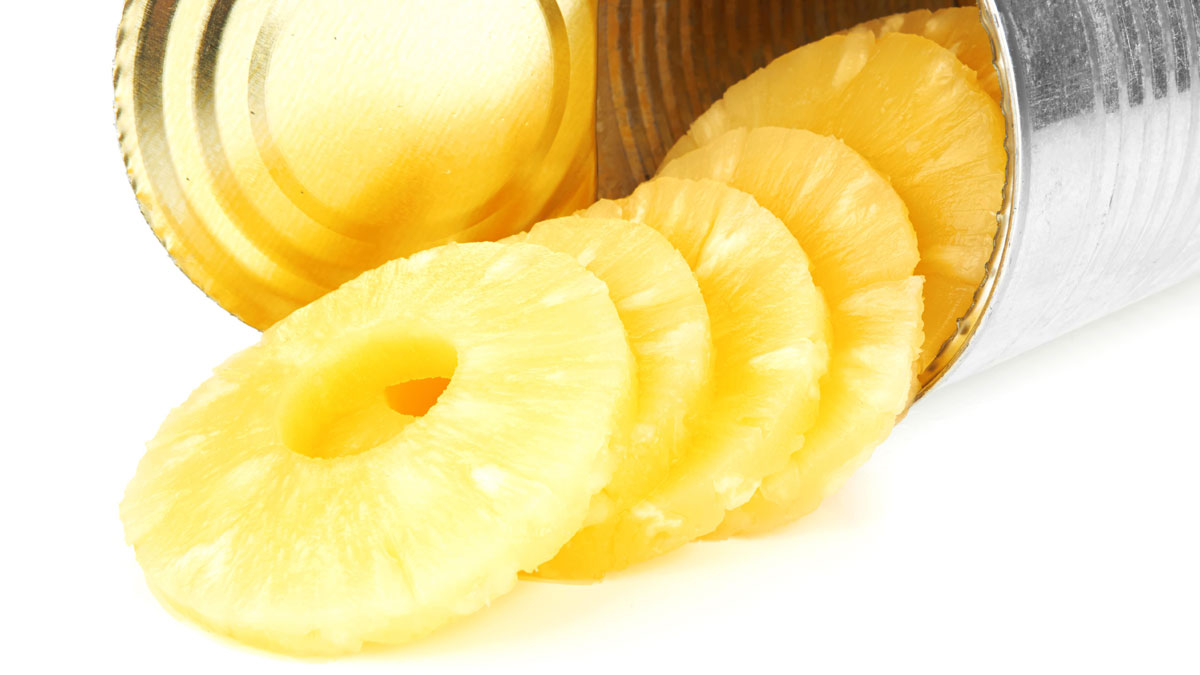 pineapple_tipping_from_can_178228631_1200.jpg