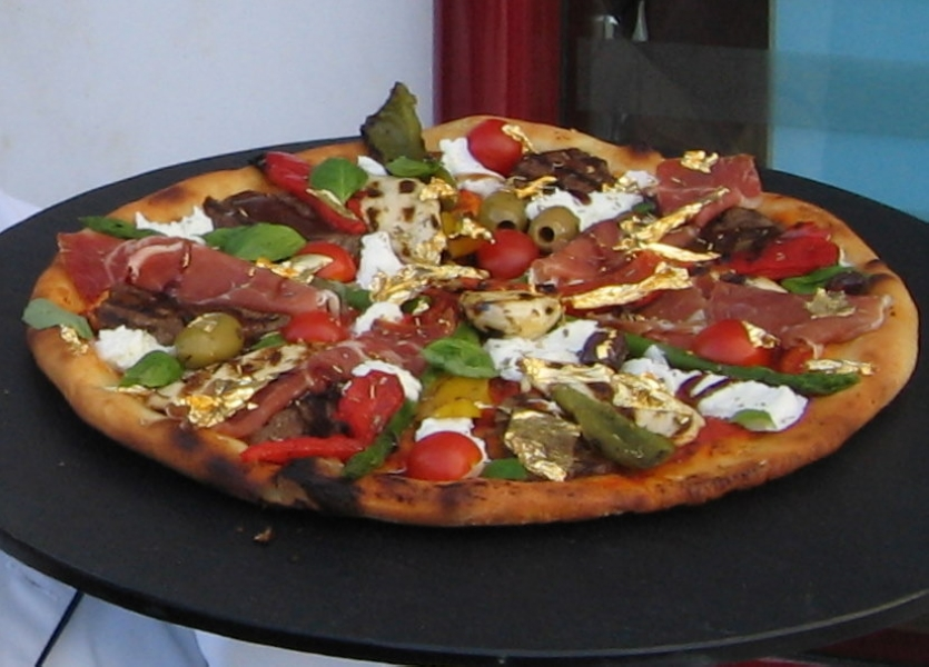 Pizza-Royale-007-2006-Copy.jpg