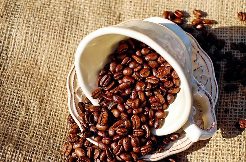 coffee-1576537_640.jpg