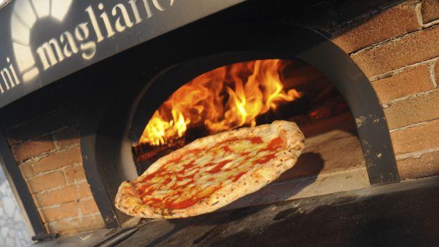 http _cdn.cnn.com_cnnnext_dam_assets_170407162621-naples-pizza.jpg