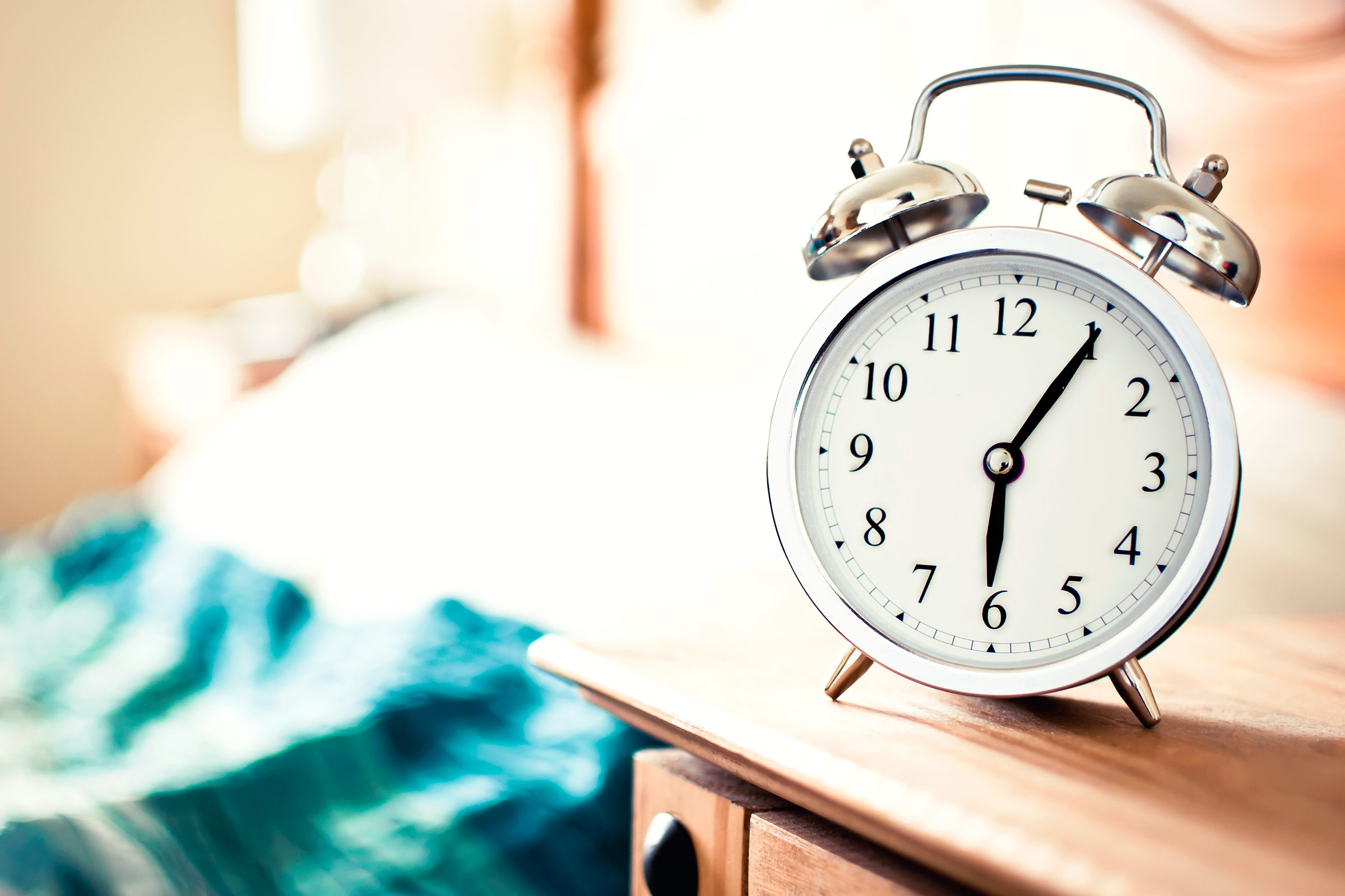 01-tricks-taking-nap-alarm-clock.jpg