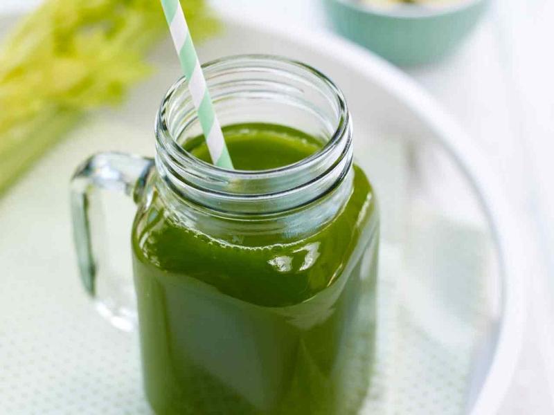 spinach-celery-cucumber-juice-1280.jpg