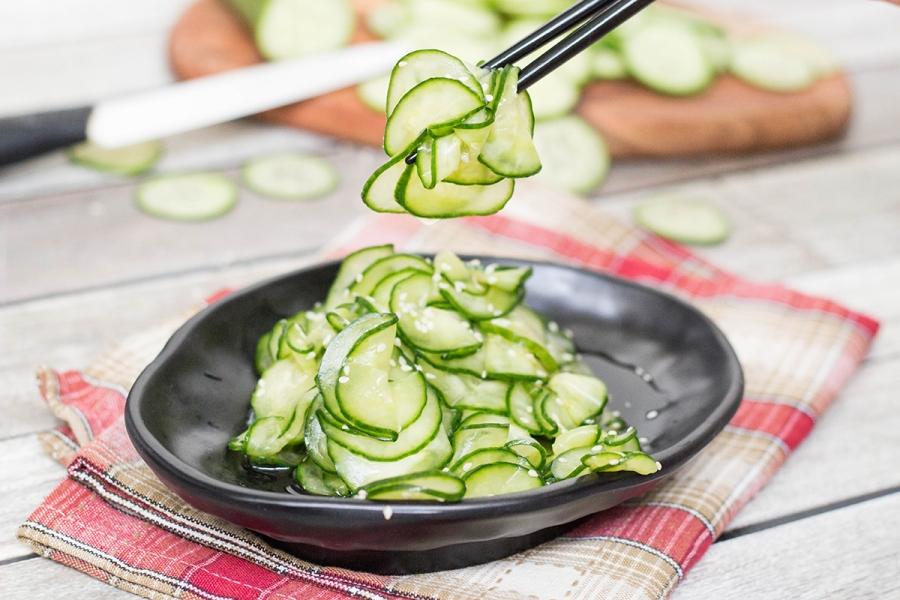 japanese-cucumber-salad-recipe-sunomono.jpg