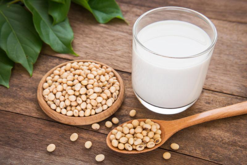 soy-milk-e1464882996526.jpg