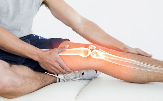 how-to-treat-common-injuries-knee-pain-and-shin-splits.jpg