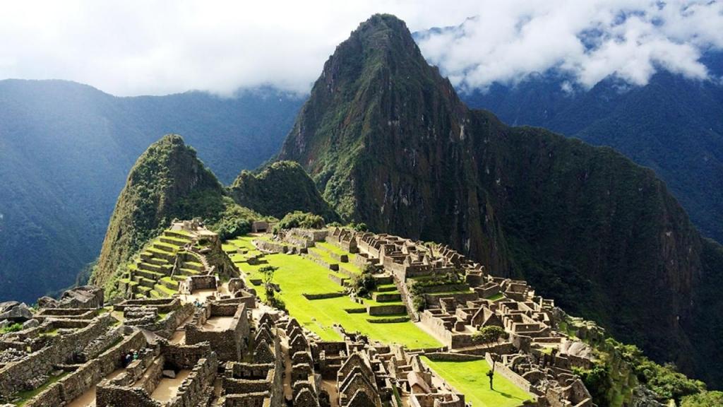 Machu-Picchu-Mountain.rend.hgtvcom.1280.720.jpg