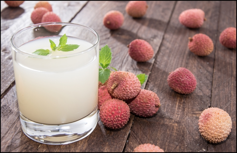 Fresh-made-Lychee-Juice.jpg