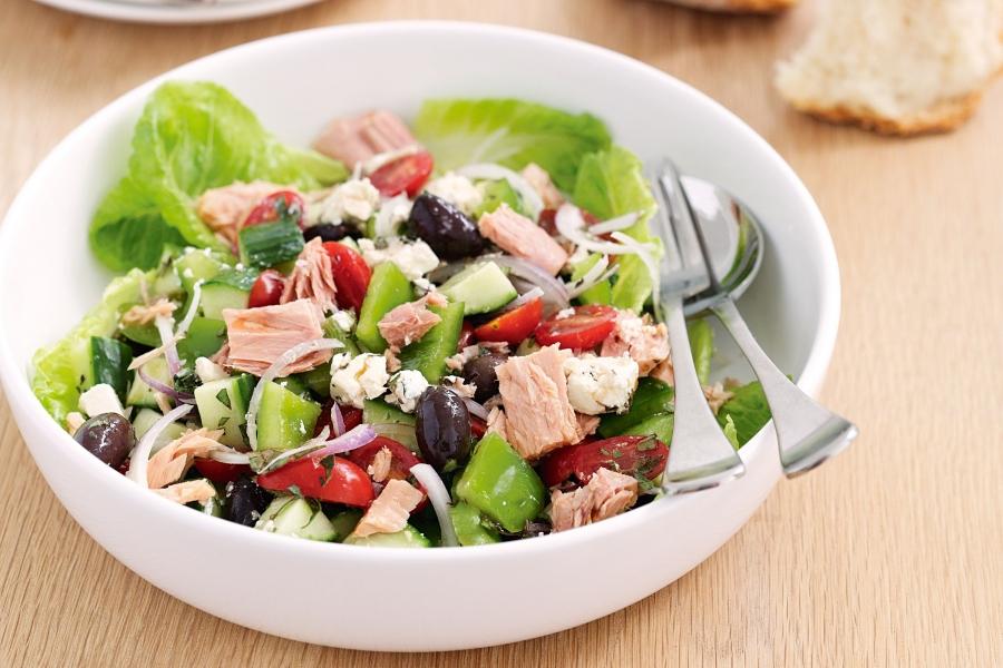 mediterranean-tuna-salad-31059-1.jpg