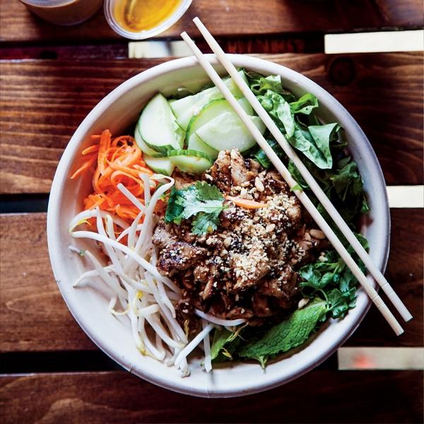 recipe1115-xl-lemongrass-pork-and-rice-noodle-bowl.jpg