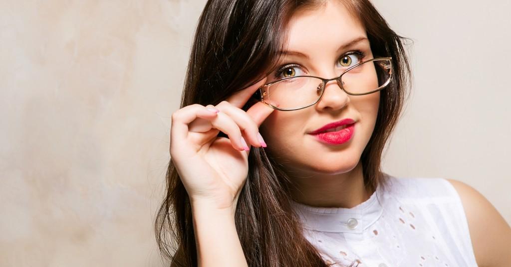 Choosing-Glasses-Featured-Image-1024x536-2.jpg