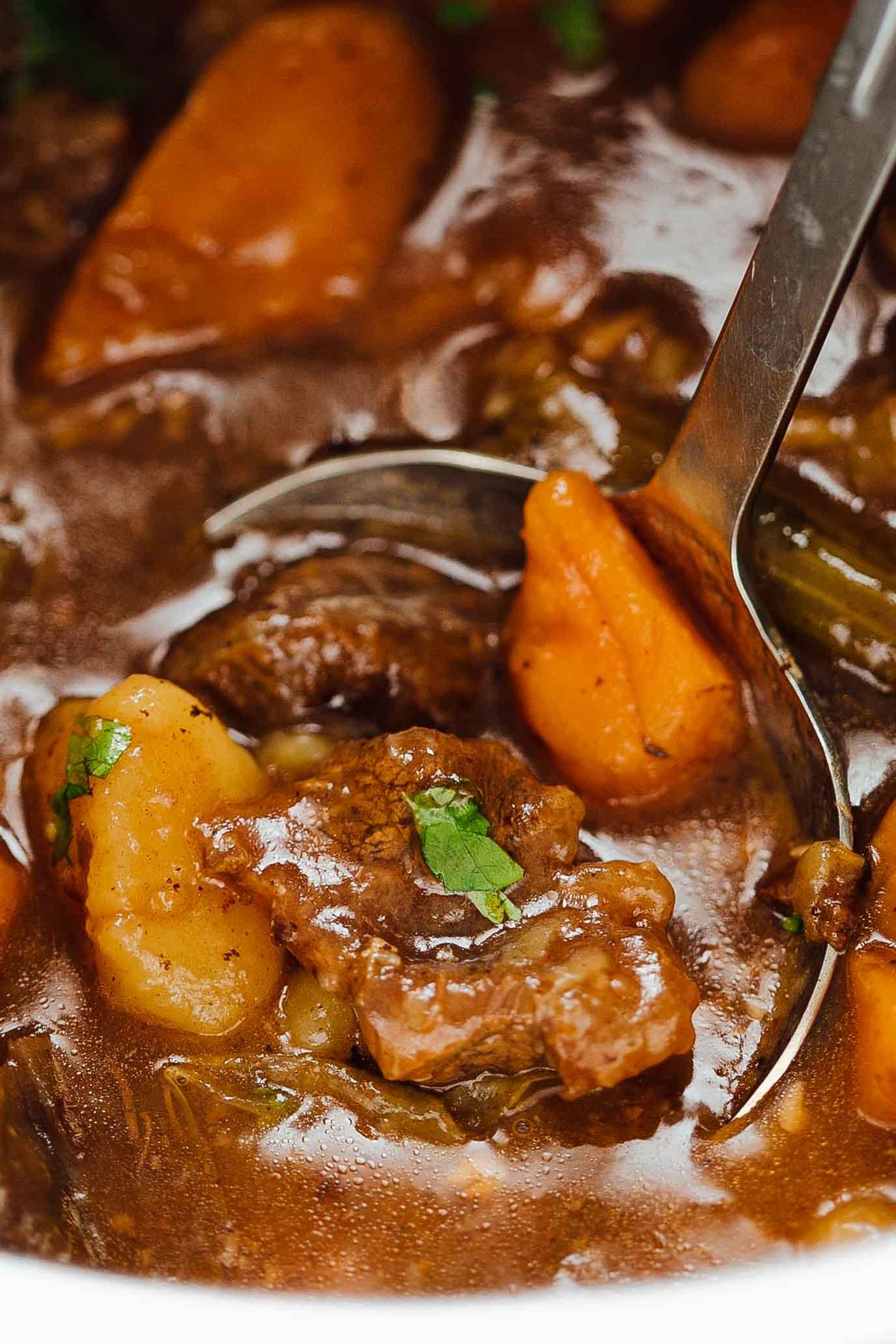 Easy-Instant-Pot-Beef-Stew-Pressure-Cooker-Recipe-3.jpg