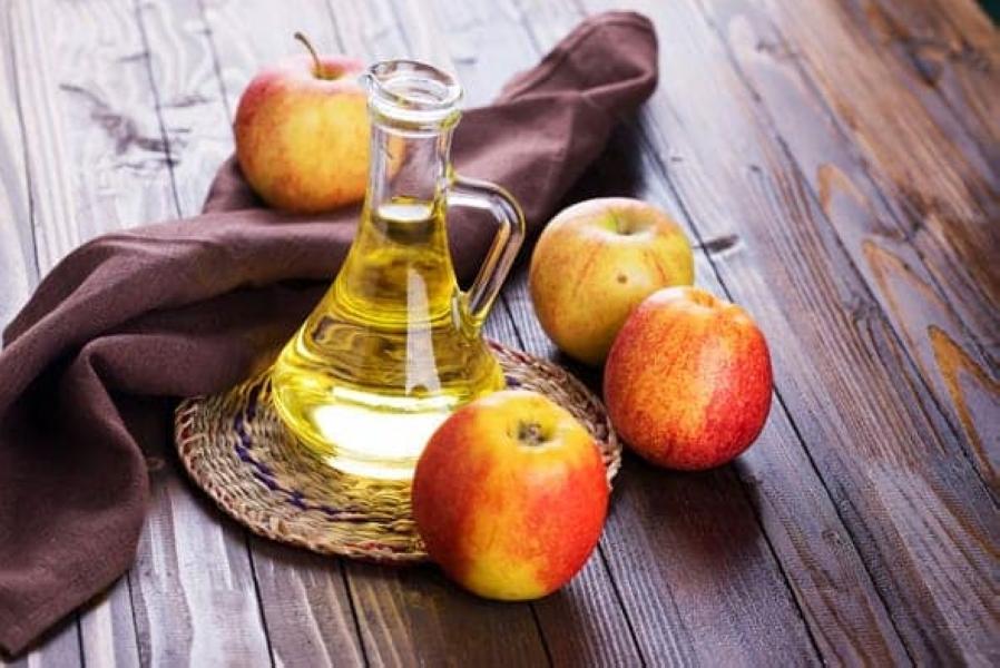 apples-and-vinegar-1.jpg